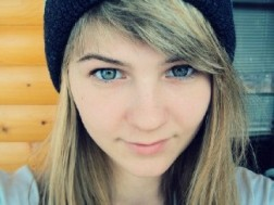 Kobieta Ruslan Biała
